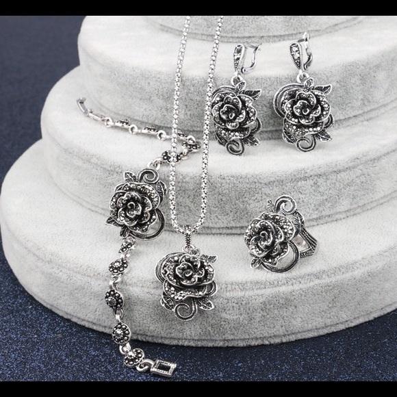 Gorgeous antique silver plated 4 piece set & Jewelry   Gorgeous Antique Silver Plated 4 Piece Set   Poshmark